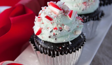 How to make peppermint mocha cupcakes