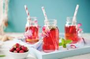 how to make a strawberry iced tea