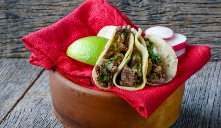 how to make coffee-crusted steak tacos