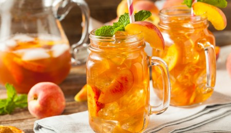 apricot peach tea cocktail